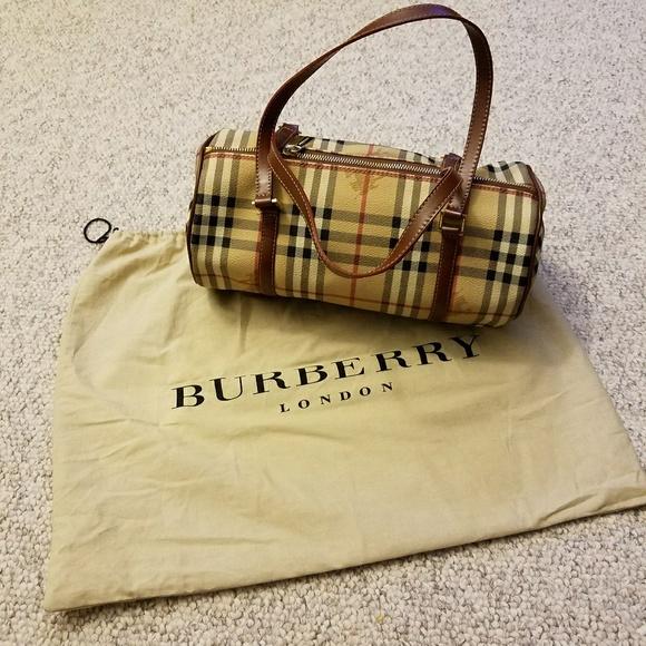 a7cfc062b195 Burberry Handbags - Burberry barrel bag